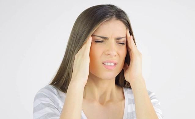 Болит кожа на голове под волосами при прикосновении