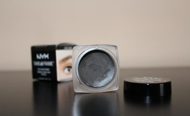 Преимущества помадки для бровей NYX Tame and Frame Tinted Brow Pomade